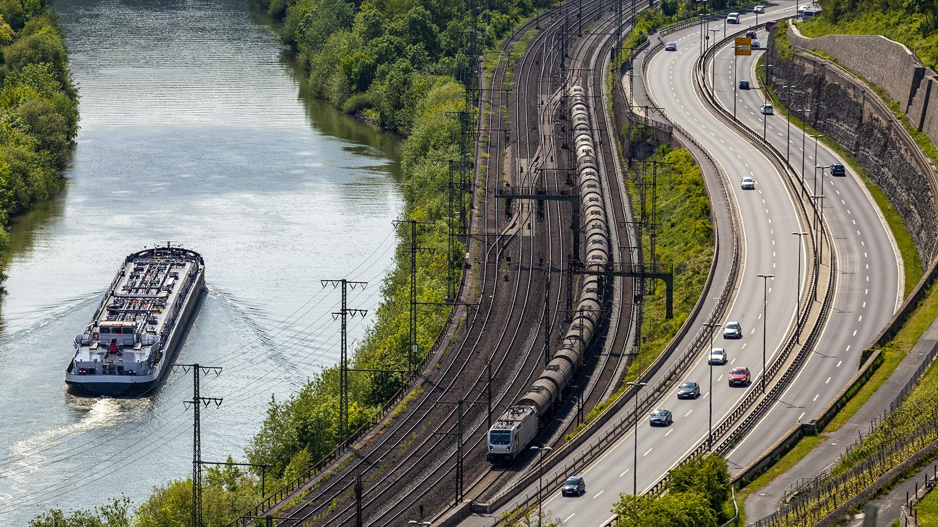 20kw45_Verkehrsinfrastruktur_295677848